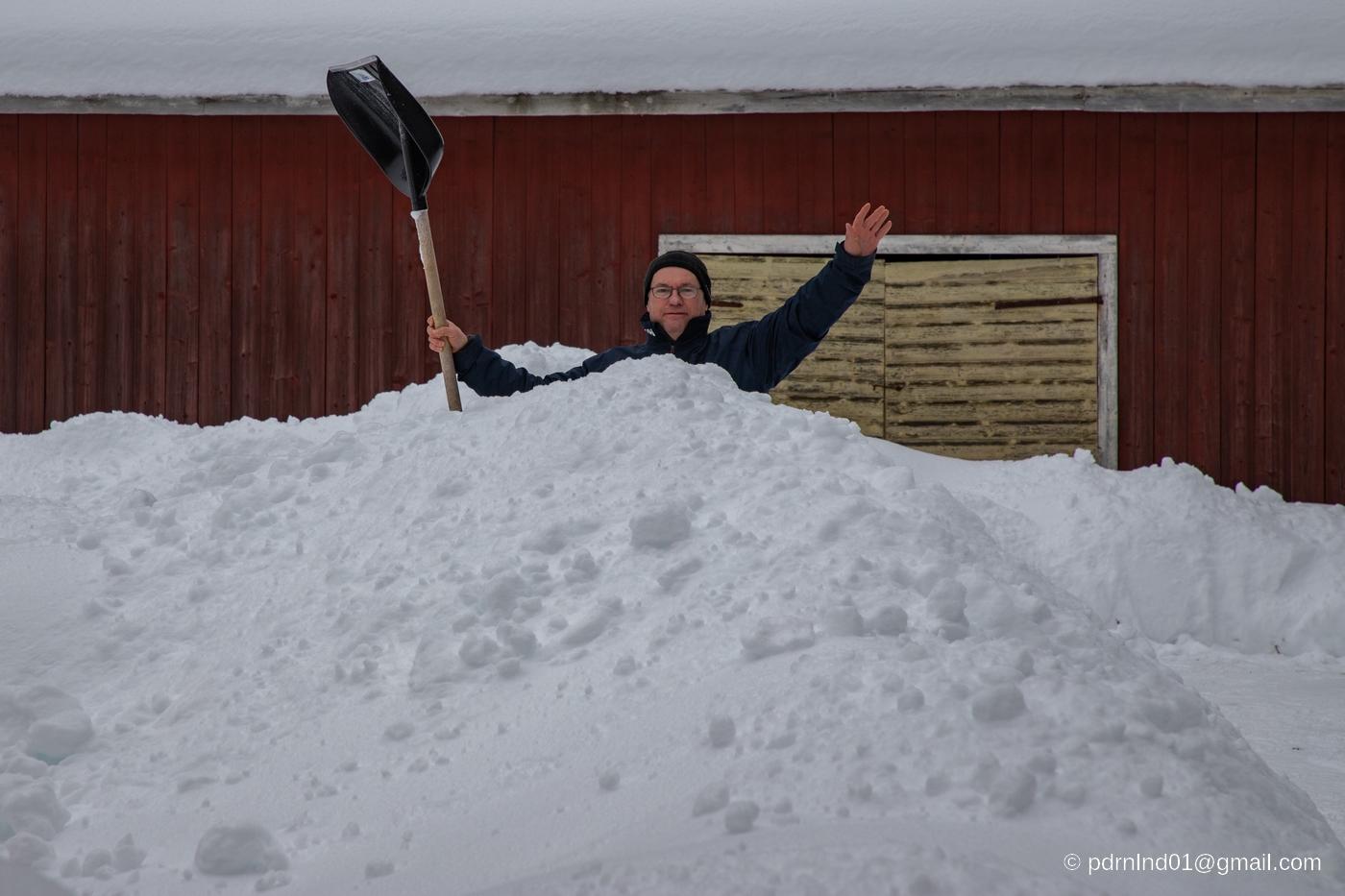 Höga snödrivor